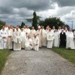 Photo de groupe des moines et moniales olivétains présents