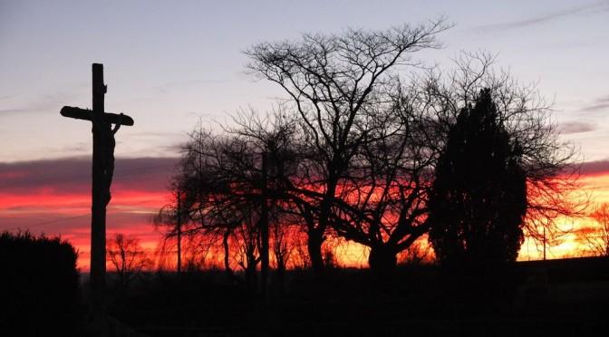 5<sup>e</sup> dimanche de Carême : Derrière la Croix, la lumière