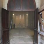 vue sur l'intérieur de l'église en travaux