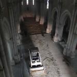 église vide vue de la tribune
