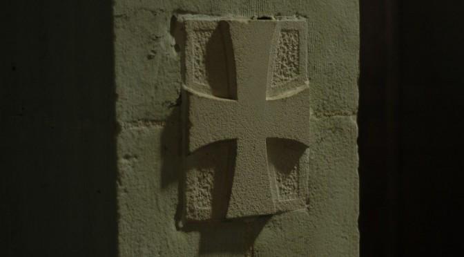croix de la dédicace du sanctuaire de Maylis