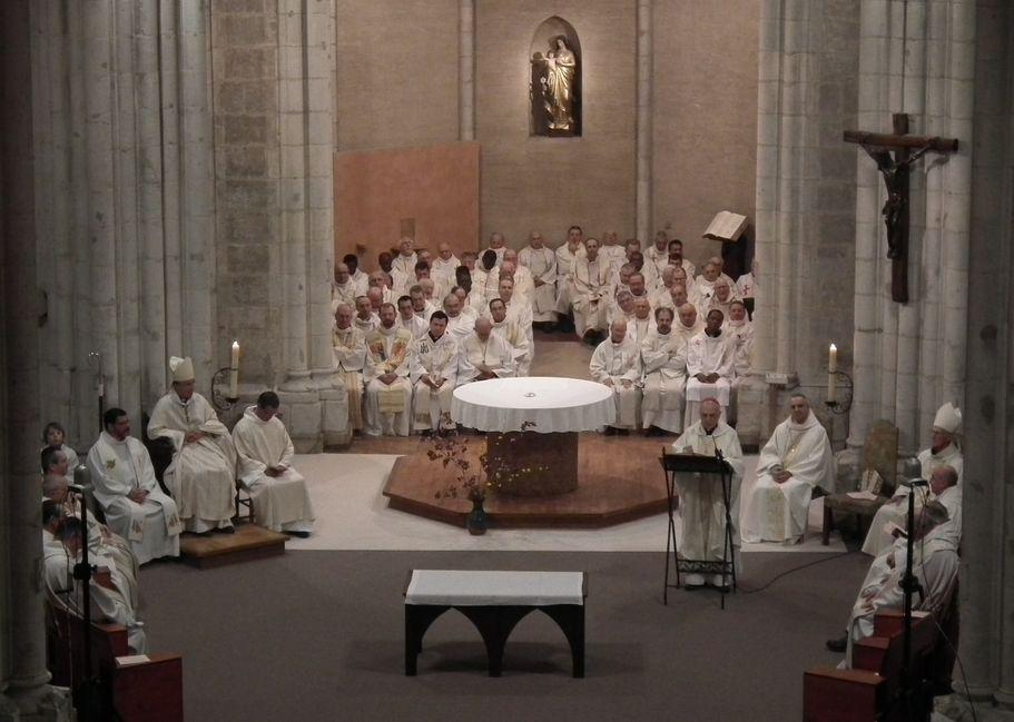 Homélie de Monseigneur Sarrabère durant la messe chrismale à Maylis