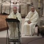 Monseigneur Sarrabère prèche durant la messe chrismale à Maylis