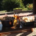 Chips aux crevettes et jus de pomme de nos soeurs