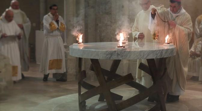 Consécration du nouvel autel