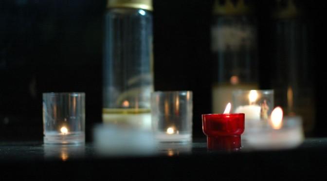 bougies sur un présentoir pour le 29e dimanche ordinaire C